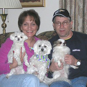 Cassidy with Mom Nancy, Dad Tom, Trinket & Muffin