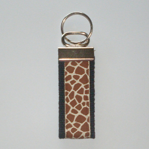Giraffe Black Trim